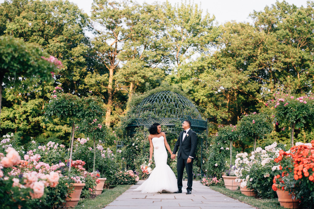 Bon Amanda + Darnell // New York Botanical Garden, Stone Mill Wedding » Lauren  Allmond Photography